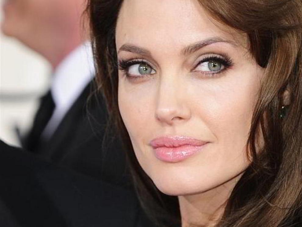 Angelina Jolie, la estrella de Hollywood que cumple los 40