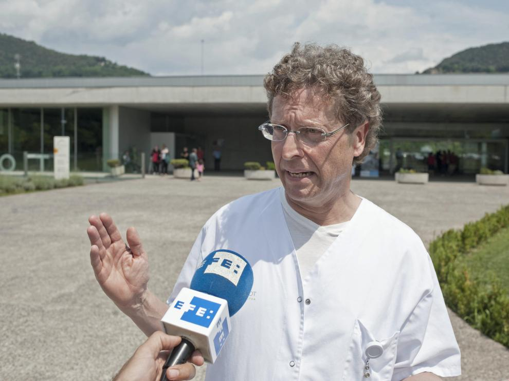 El médico alemán que diagnosticó el caso de difteria del menor de Olot.