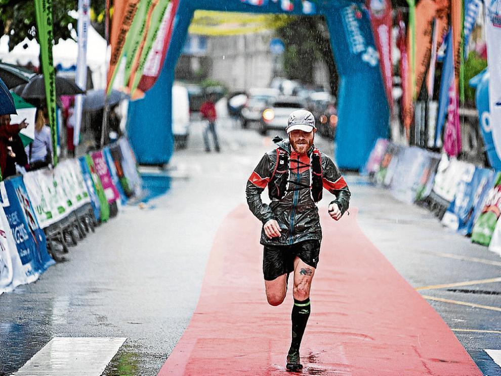 Iván Ramírez, a su llegada a meta el la I Peneda-Geres Trail Adventure.