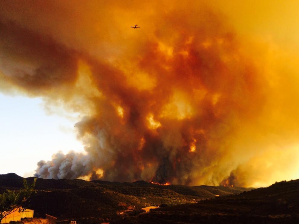El incendio ha arrasado ya 8.000 hectáreas de monte y campos sin cosechar
