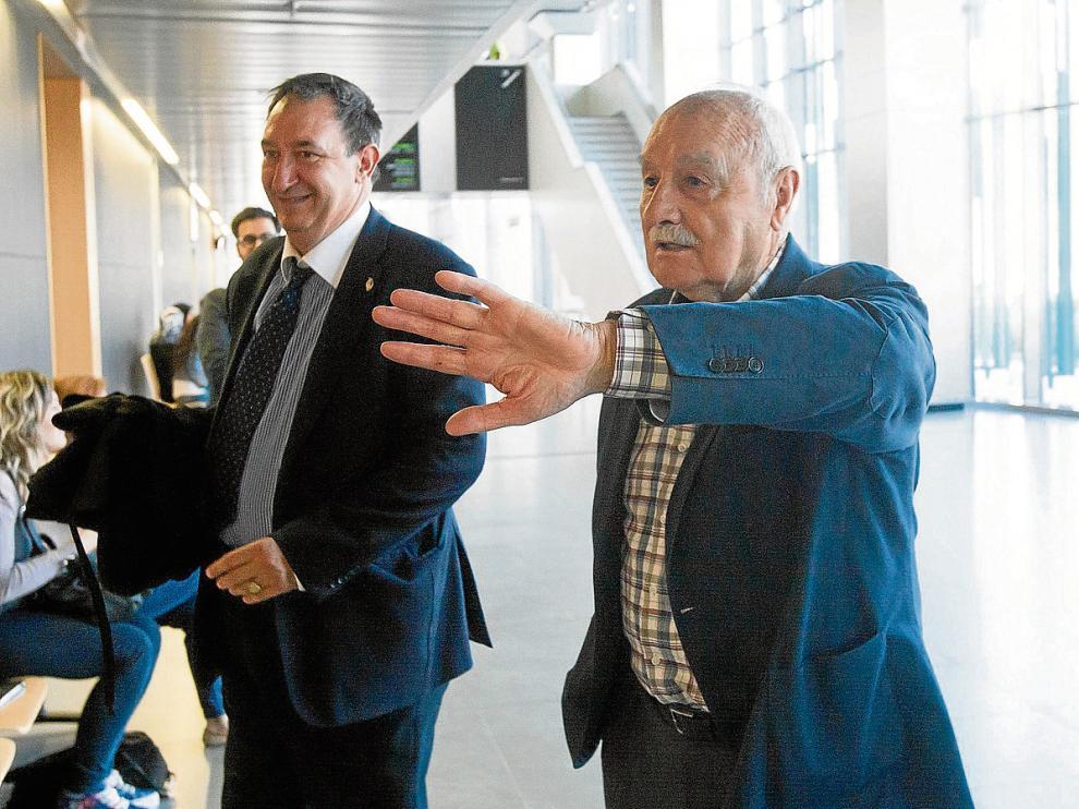 El propietario de los suelos expropiados para ampliar Plaza, Benito Bergua, en los juzgados, ayer.