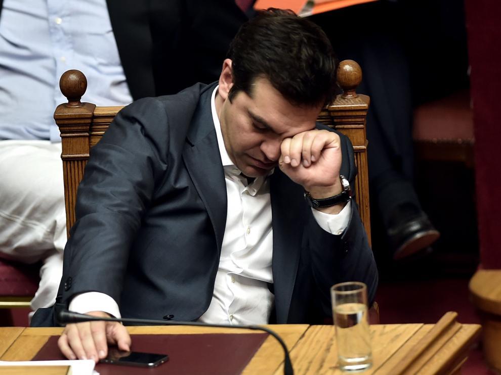 Tsipras durante la sesión del Parlamento griego este miércoles.