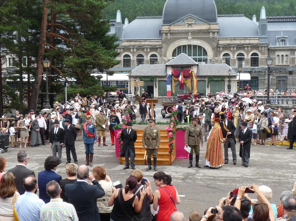 Recreación de la inauguración de la estación de Canfranc