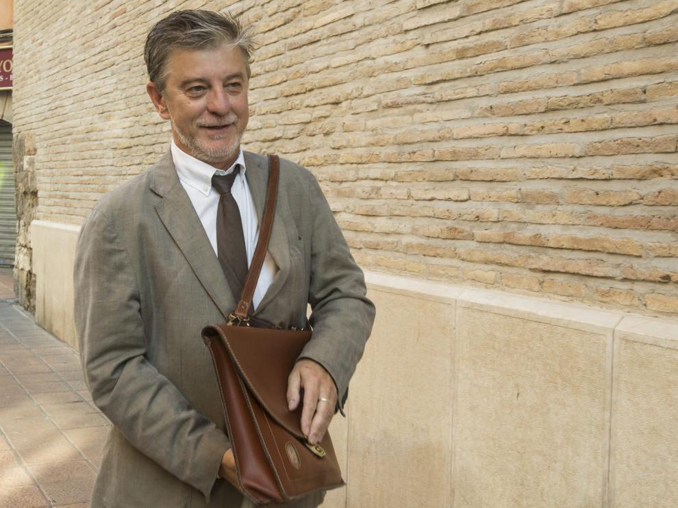 El alcalde de Zaragoza, Pedro Santisteve en una imagen de archivo.