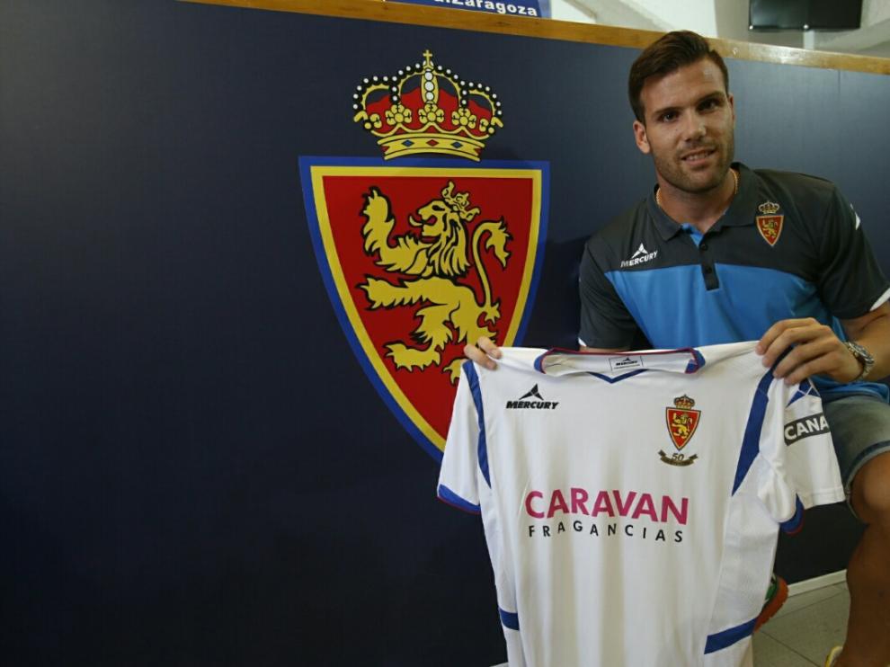 Presentación de Ortuño como jugador del Real Zaragoza