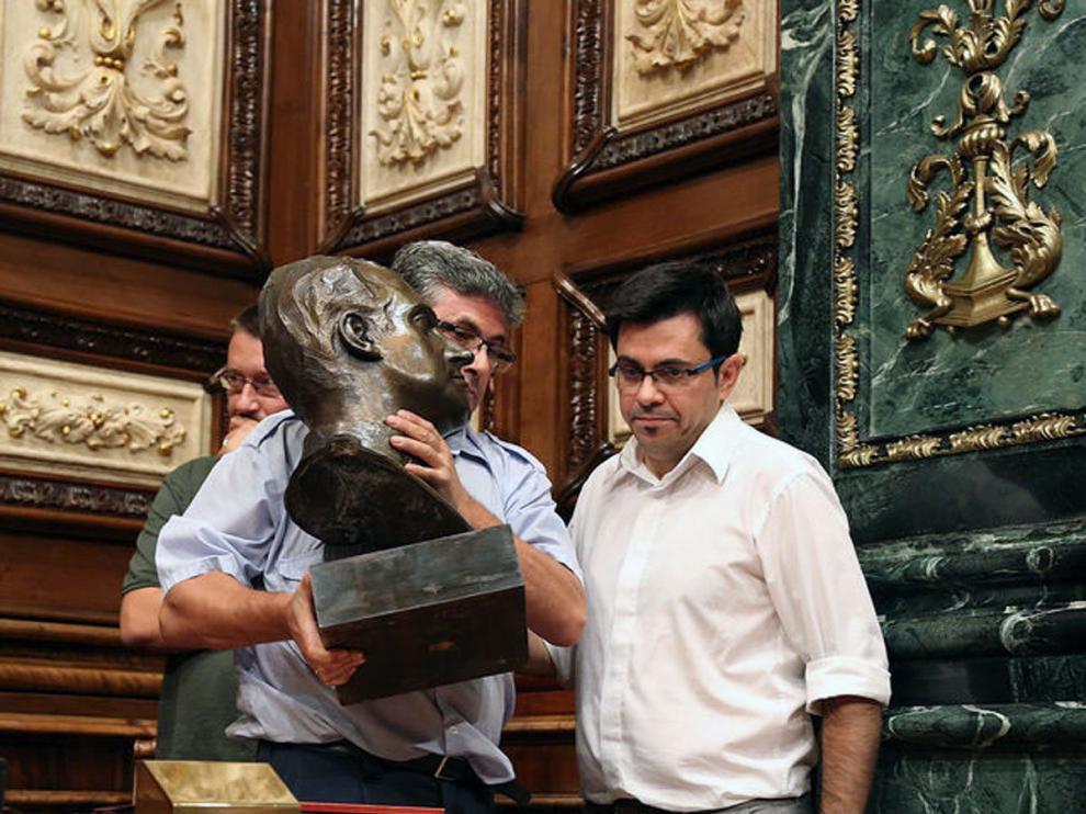 ?Colau retiró el busto de Juan Carlos I del salón de plenos del Ayuntamiento de Barcelona