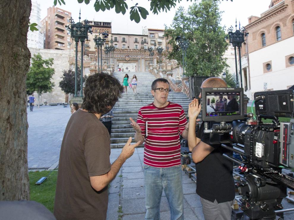 Miguel Ángel Lamata daba instrucciones este lunes a los técnicos a los pies de la Escalinata, antes de comenzar el rodaje.