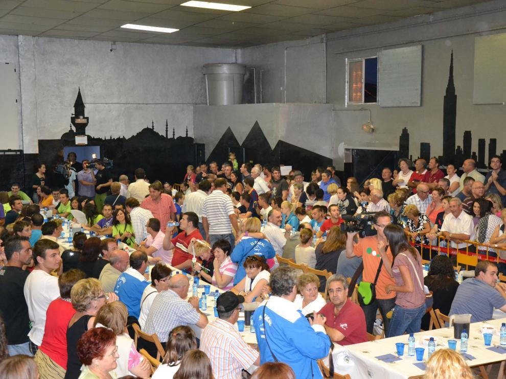 El Concurso Oficial de Comedores de Albóndigas de Tabuenca acoge de año en año a participantes de las tres provincias aragonesas.
