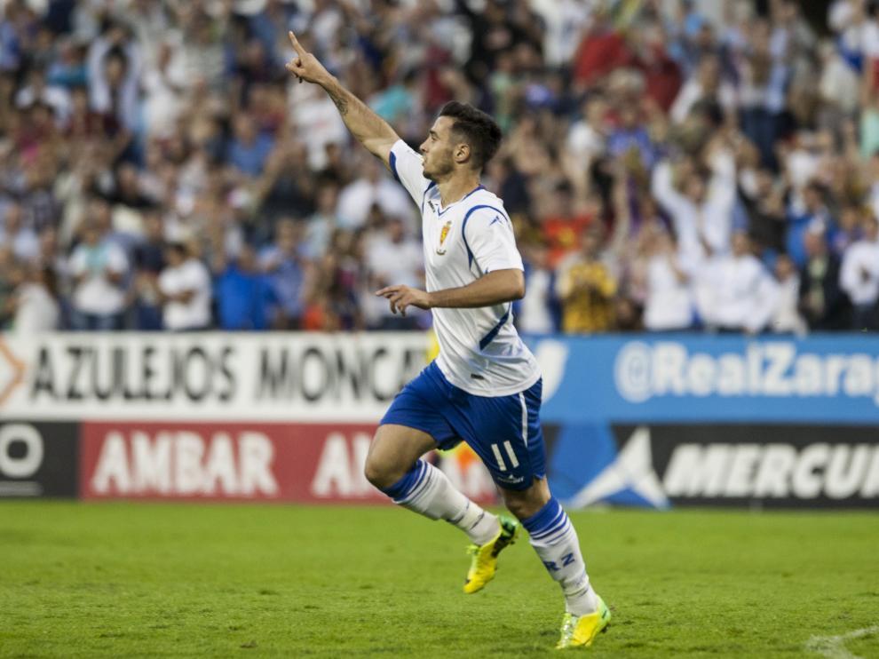 Jaime Romero celebra un gol con el Real Zaragoza, la pasada campaña