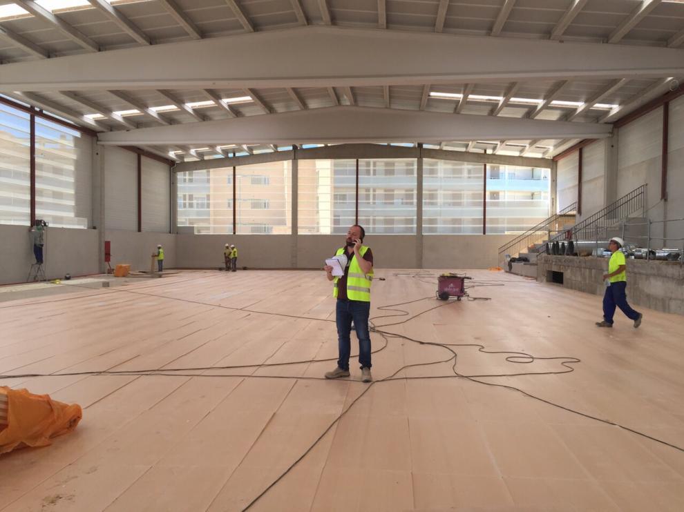 Interior del polideportivo del colegio.