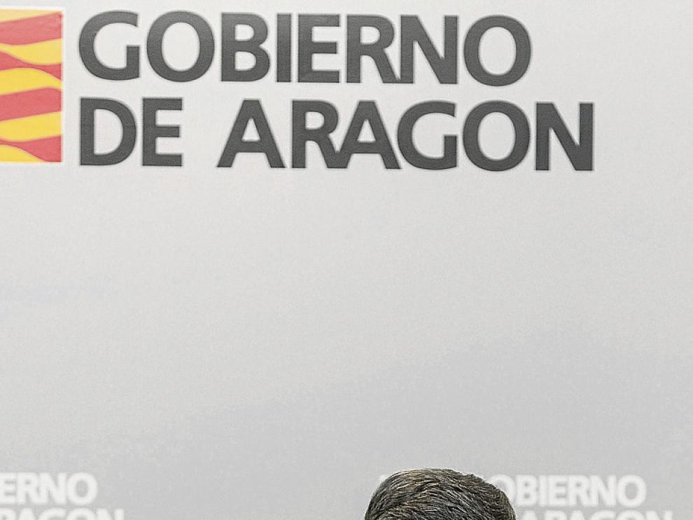 El consejero Vicente Guillén, ayer tras el Consejo de Gobierno.