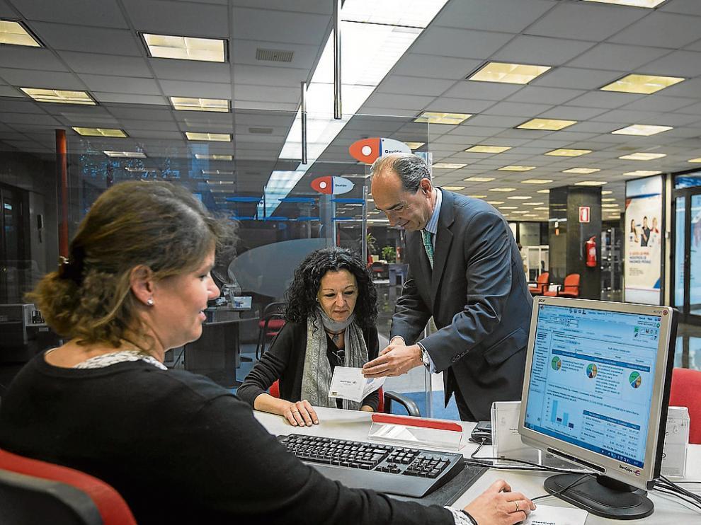 Imagen de una oficina Ibercaja Banco.