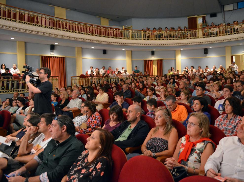El público atento en el Teatro Bellas Artes.