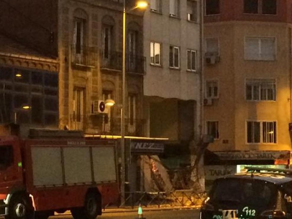Una imagen de la calle donde se ha producido el derrumbe