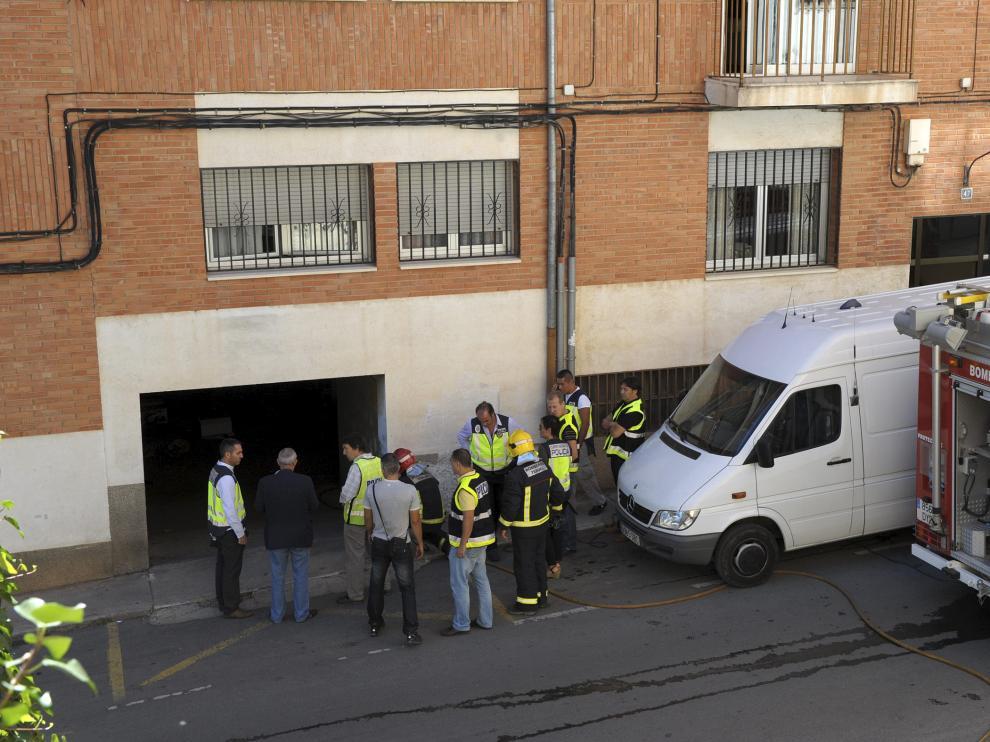 El artefacto hirió al joven y a su padre. Alberto Villalba y su padre, Tomás, limpiaban una cochera de Teruel el 18 de septiembre de 2013 cuando una granada de la Guerra Civil explotó accidentalmente dejándolos malheridos. Los Tedax de la Policía Nacional