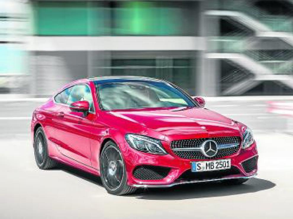 Mercedes-Benz amplía la Clase C con un coupé.