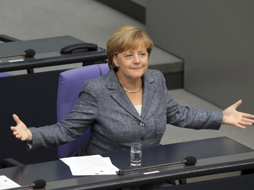 La canciller alemana, Angela Merkel, durante el debate y votación del tercer rescate a Grecia en el Bundestag