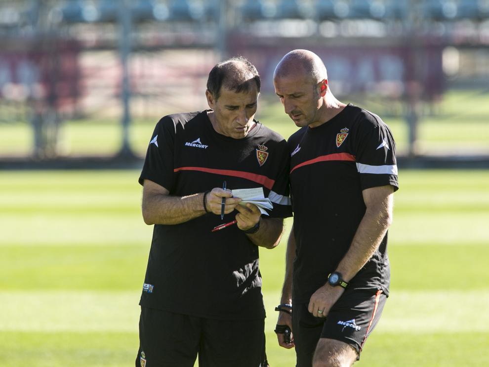 Ranko Popovic, en un entrenamiento junto a Vlado Grujic, su ayudante