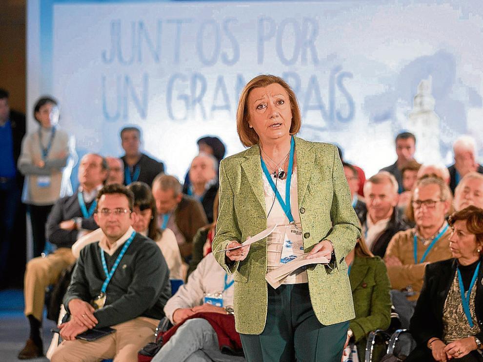 La presidenta del PP-Aragón, Luisa Fernanda Rudi, en un acto interno de su partido.