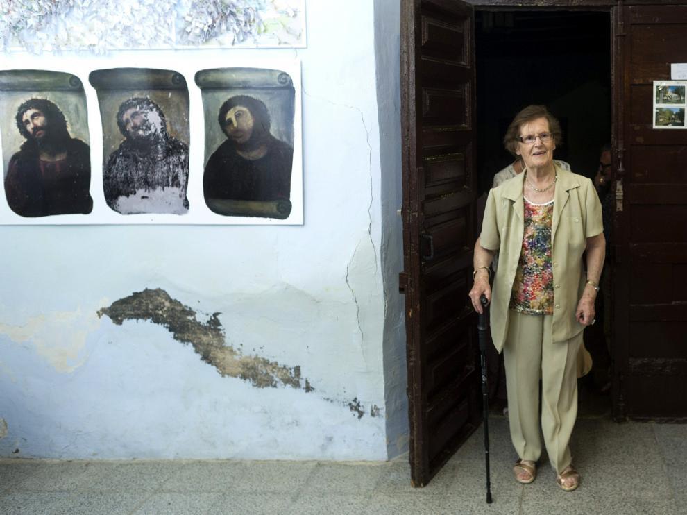La pintora Cecilia Giménez, durante la presentación del proyecto de creación de un Centro de Interpretación sobre el eccehomo.
