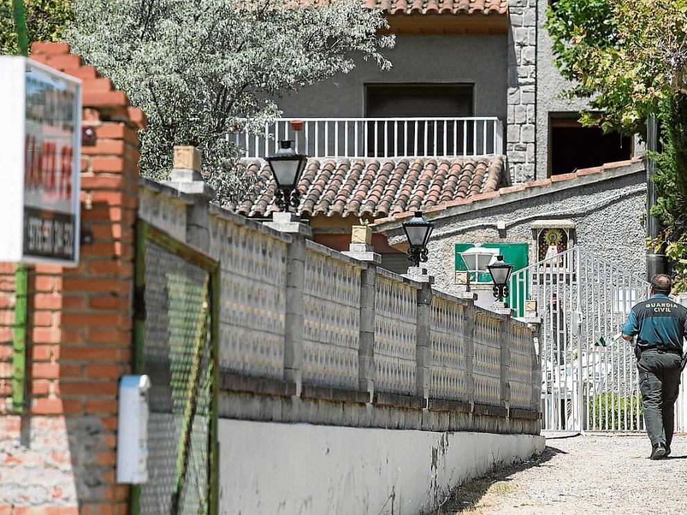 La Guardia Civil estuvo varios días recogiendo pruebas en la residencia.