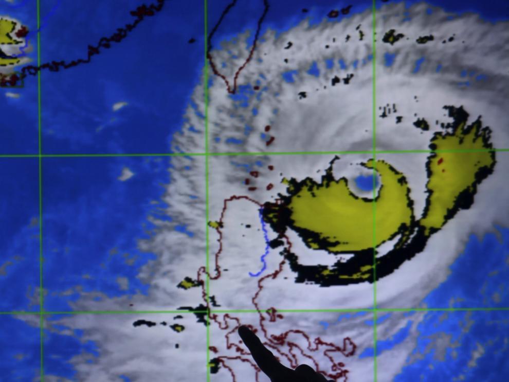 ?Los tifones Atsani y Goni se aproximan a Japón