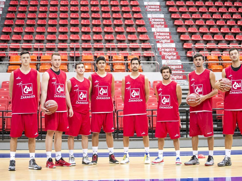 La plantilla del CAI Zaragoza durante su presentación.