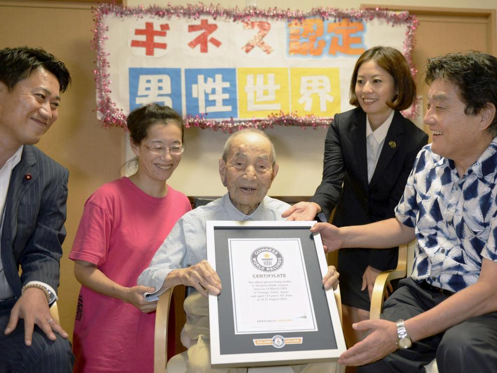 Yasutaro Koide, el hombre vivo más longevo del mundo.