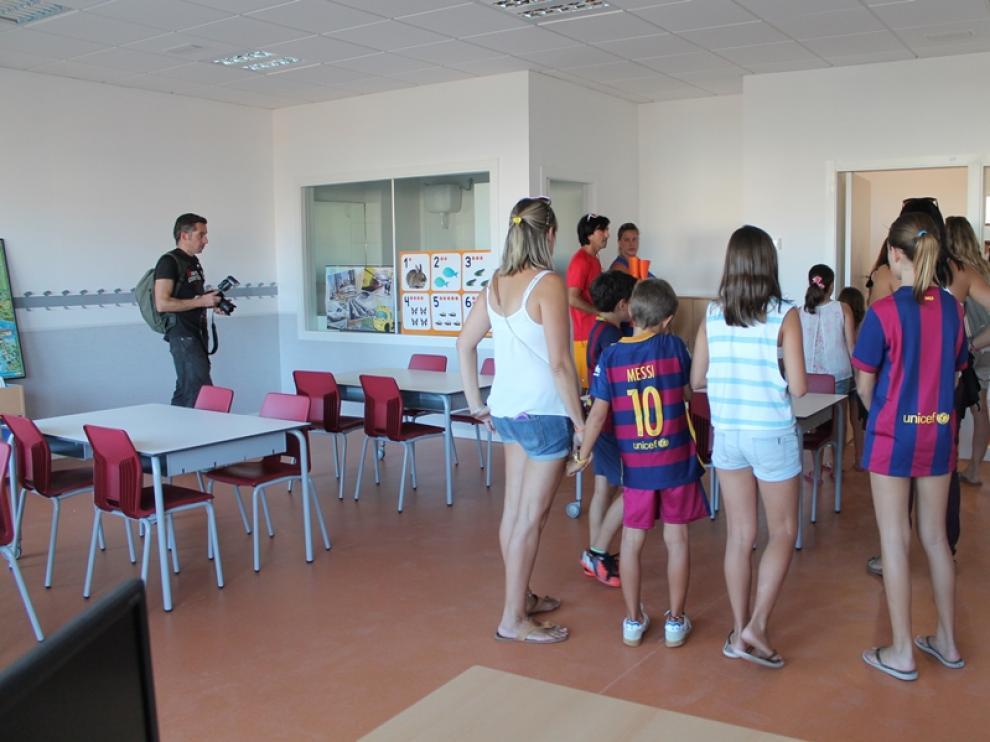 Visita guiada al interior del colegio Ánfora.