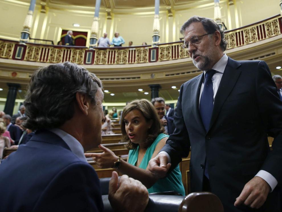 Rajoy  tras finalizar la votación en la que se rechazaron todas las enmiendas a los presupuestos de 2016.