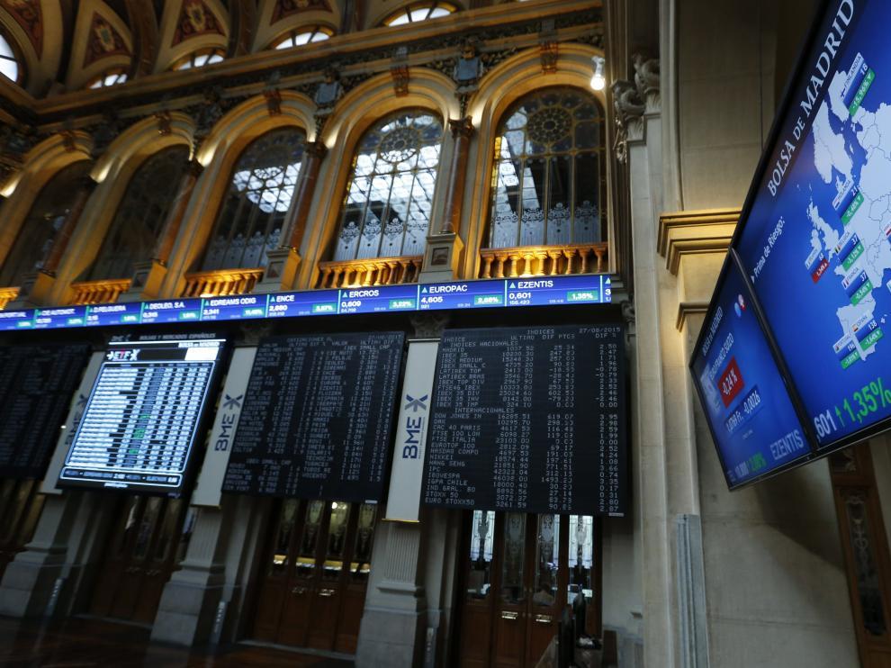 El principal indicador de la bolsa nacional, el IBEX 35, avanzó 305,70 puntos.