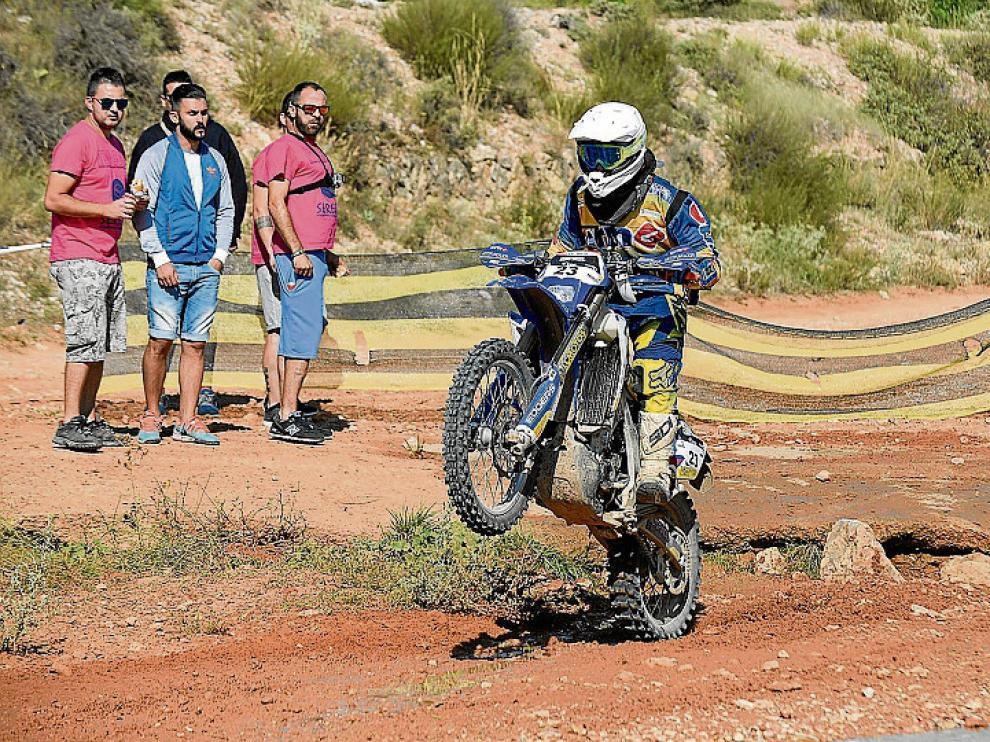Rui Oliveira, en acción ayer con su Yamaha.