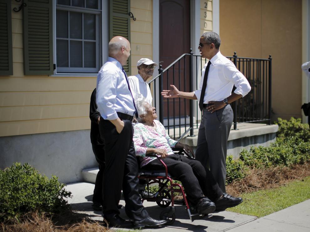 Obama visita a algunos de los afectados por el huracán 'Katrina