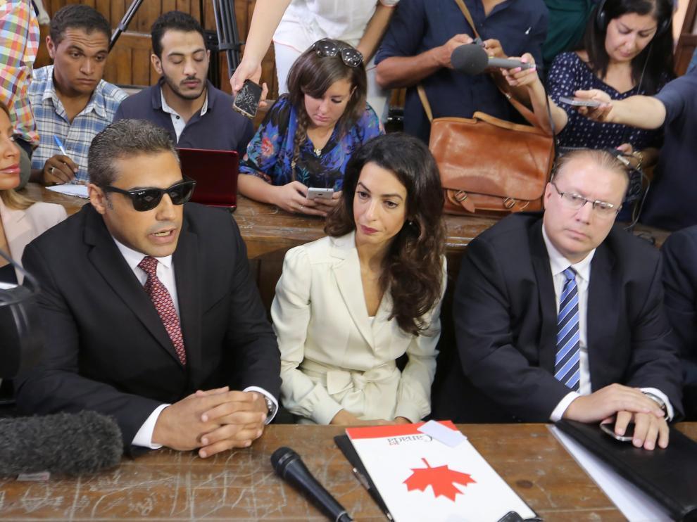 Juicio contra tres periodistas en Egipto