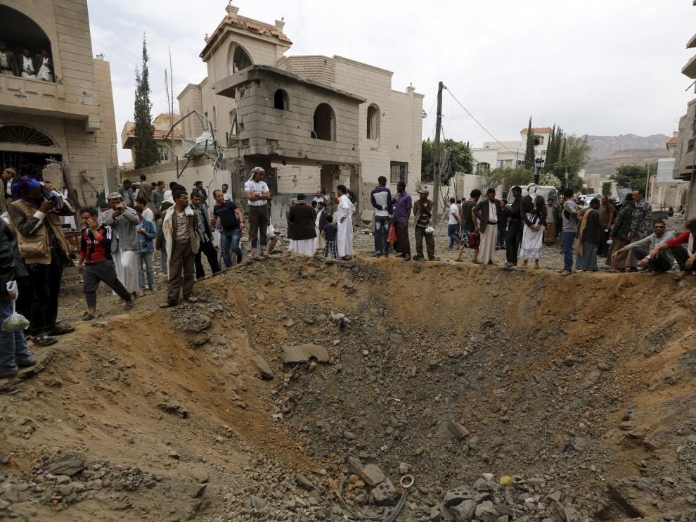 Bombardeo de la coalición árabe en Yemen