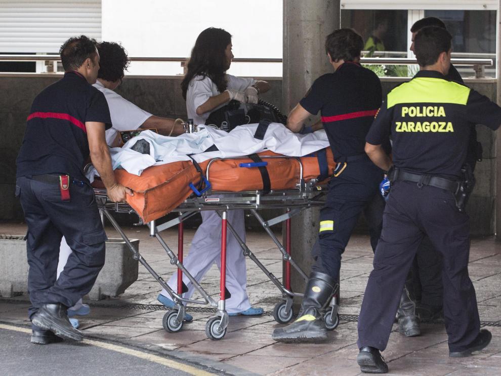 Traslado de heridos al hospital Miguel Servet de Zaragoza.