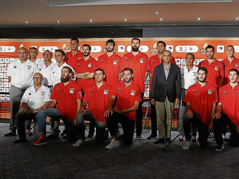 Los elegidos por Scariolo. El equipo español está formado por 16 jugadores, por lo que el técnico deberá realizar cuatro descartes para el Eurobasket.
