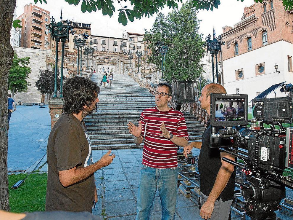 Miguel Ángel Lamata daba instrucciones ayer a los técnicos a los pies de la Escalinata, antes de comenzar el rodaje.