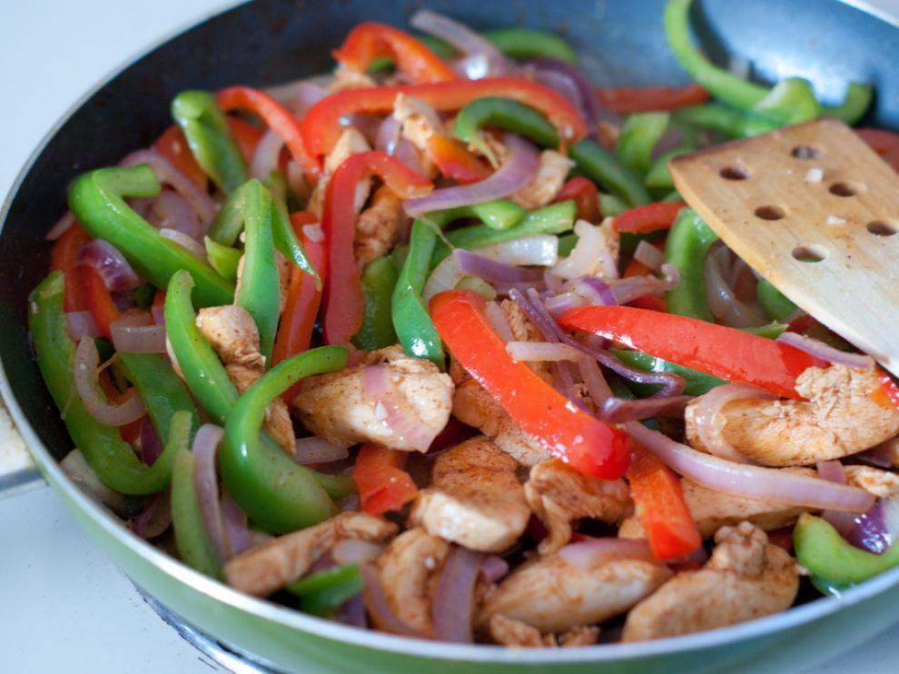 Fajitas de pollo, una comida mexicana deliciosa