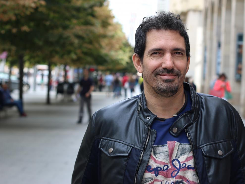 El profesor César Bona.