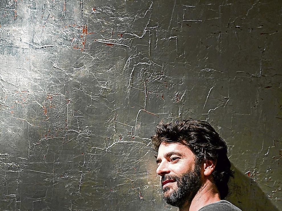 Mucha luz y pocas sombras: Eduardo Noriega.