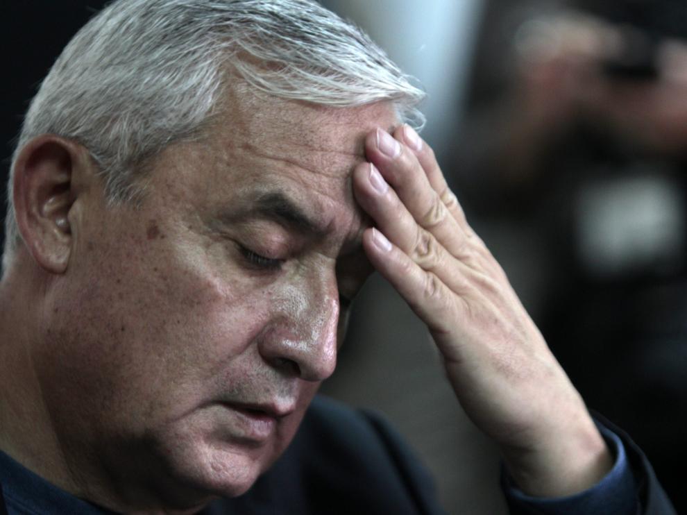 Las cuentas bancarias del expresidente de Guatemala serán embargadas