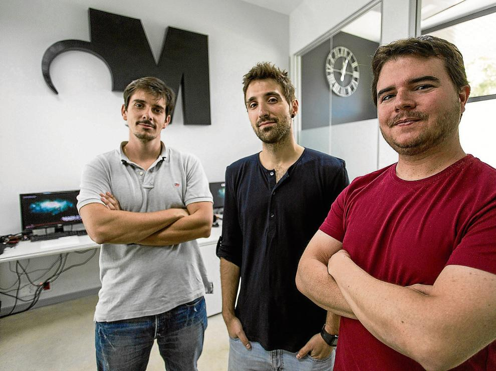De izquierda a derecha, José María Yus, Antonio Lasala y David Blanco, fundadores de Madmouse.