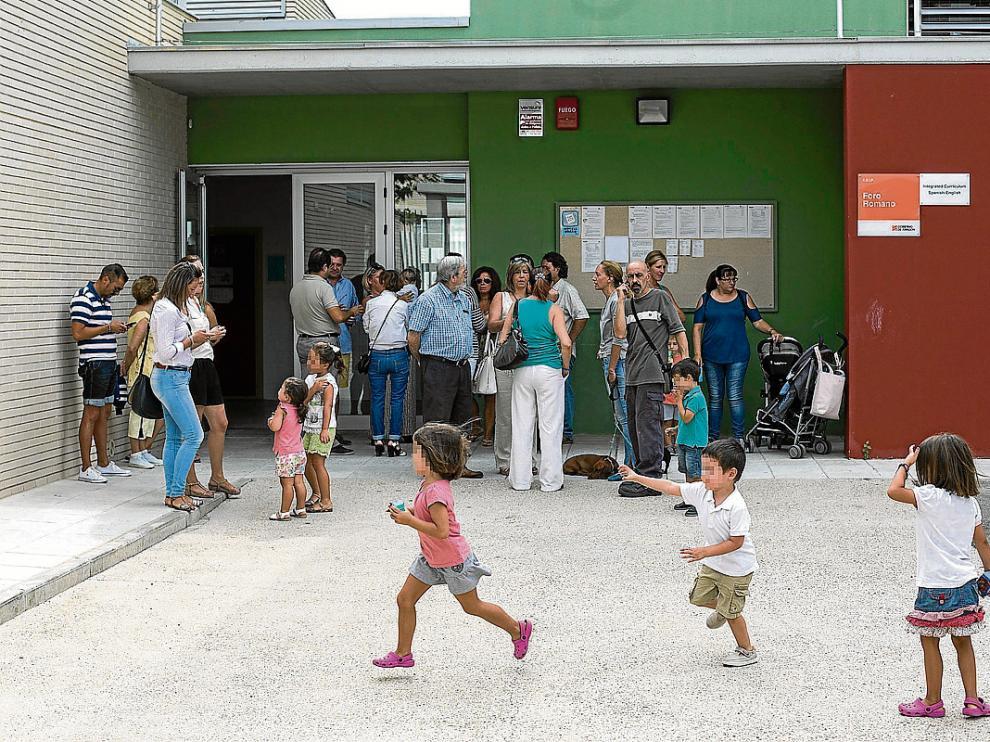 Familias afectadas acudieron el viernes al Foro Romano, donde se celebró la comisión de garantías.