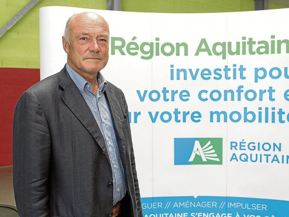 El presidente de Aquitania, Alain Rousset, el viernes en Eysus, donde visitó las obras del tren Olorón-Bedous.