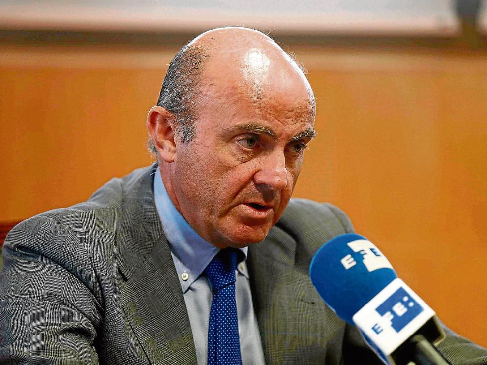 El ministro de Economía, Luis de Guindos, en una entrevista concedida a la agencia Efe.
