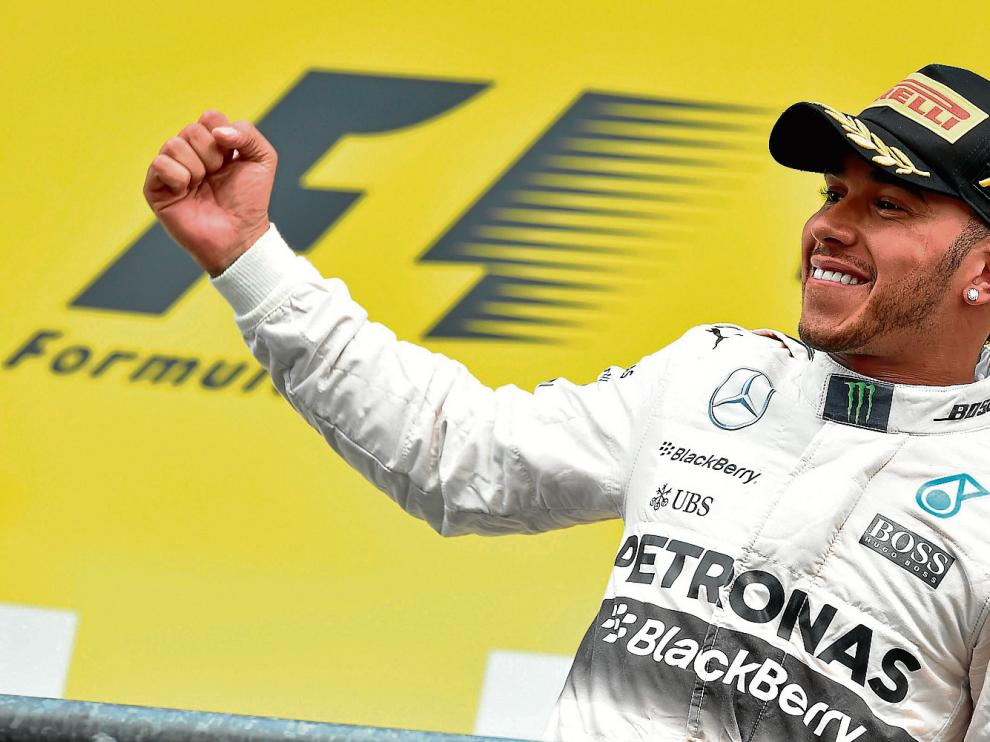 Lewis Hamilton (Mercedes), exultante tras adjudicarse el Gran Premio de Bélgica.