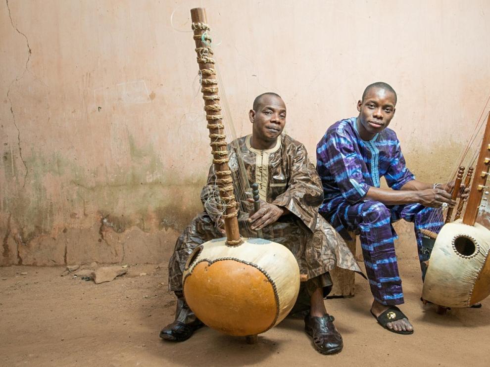 Kora Toumani Diabaté y su hijo Sidiki