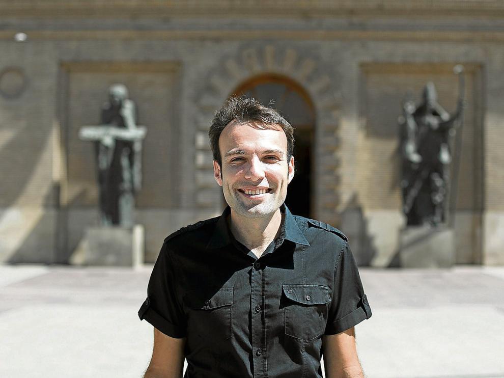 El concejal de Urbanismo y Movilidad, a las puertas del Ayuntamiento.