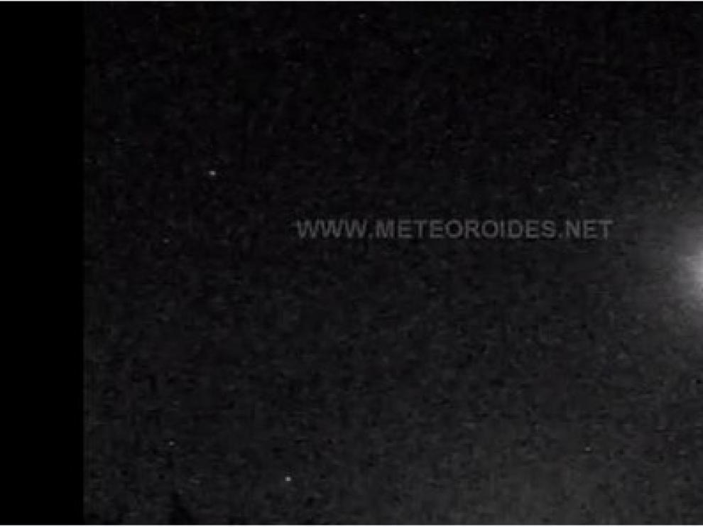 Un fragmento de cometa entra en la Península